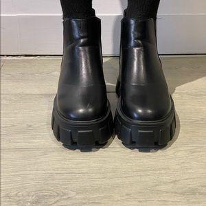 Platform chunky boots